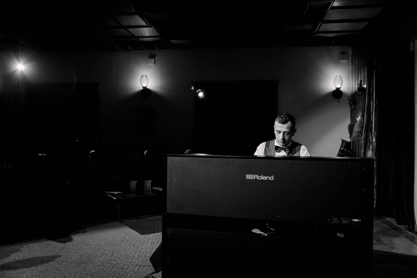 Fabrica de pian - 142